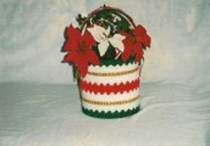 Christmas Shells and Bows Flower Basket