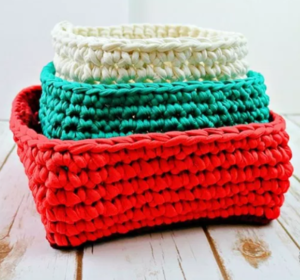 T-Shirt Yarn Christmas Baskets