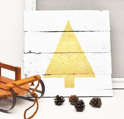 Wood Pallet Christmas Tree Sign Allfreechristmascrafts Com
