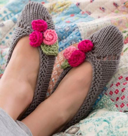 Feminine Knit Slipper Pattern