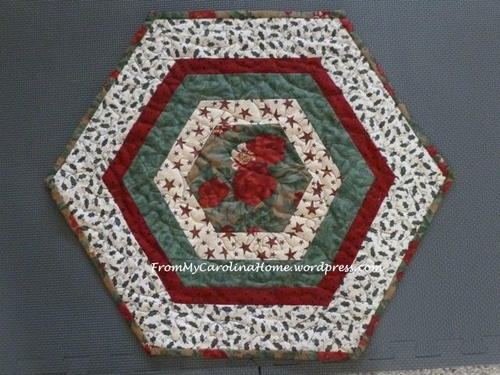 Yuletide Table Topper Pattern