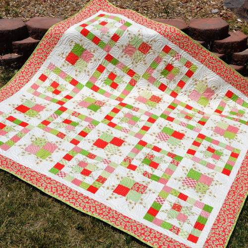 Classic Christmas Quilt Pattern_1