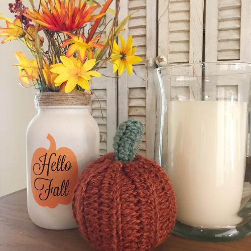 Stenciled Mason Jars for Fall Decor