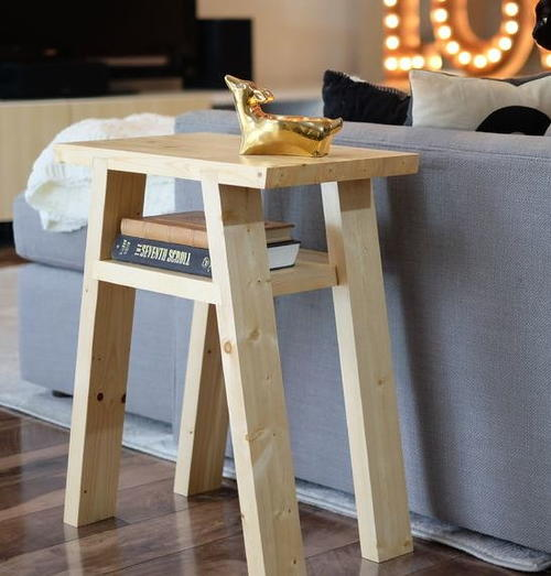 Easy 9 DIY Side Table