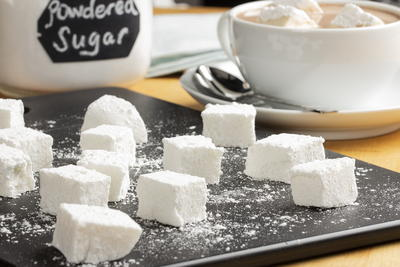 Homemade Marshmallows with Old Fashioned Hot Cocoa