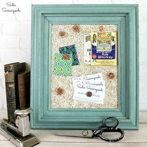 Repurposed Picture Frame DIY Cork Board
