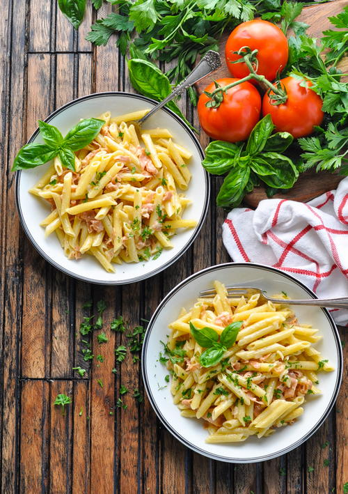 5-Ingredient Penne with Parmesan Cream Sauce