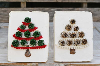 Pinecone Christmas Tree Tiles