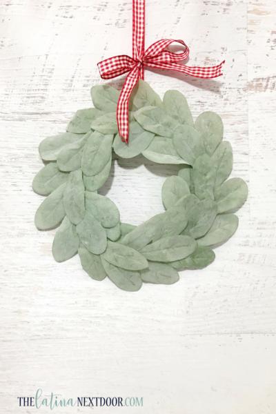 Diy Farmhouse Holiday Wreath Allfreechristmascrafts Com