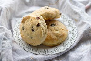 Sour Cream Raisin Biscuits from The Brown Derby