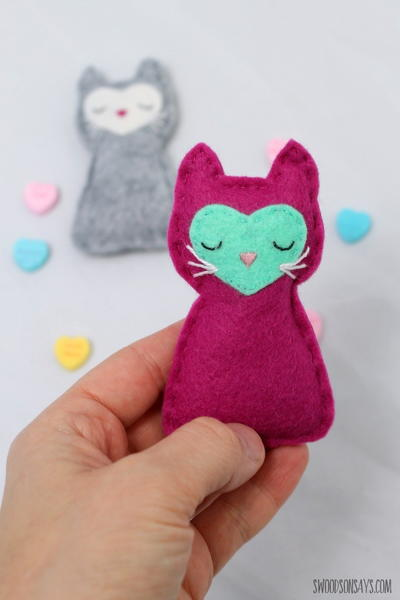 Valentines Pocket Kitty Cat Pattern
