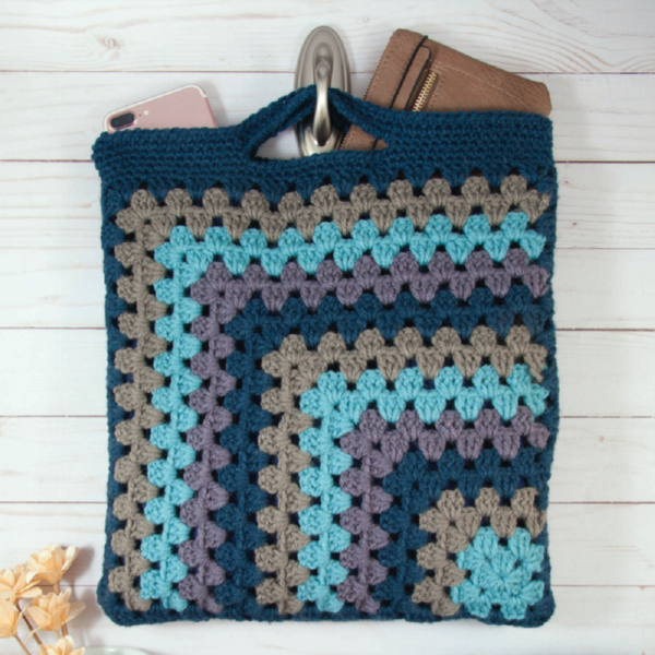 Crashing Waves Granny Tote Crochet Pattern
