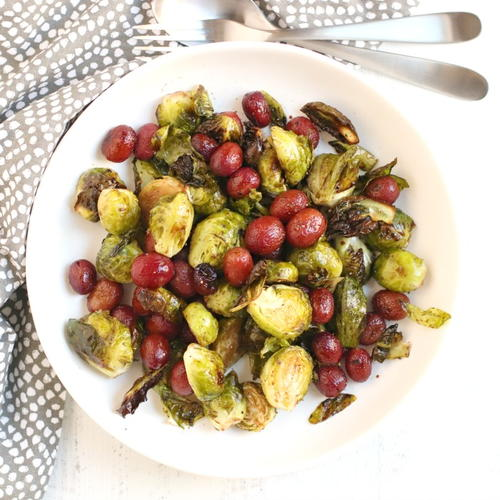 Balsamic Roasted Brussels Sprouts with Grapes