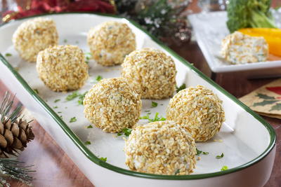 Festive Cheese Balls Snack