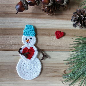 Crochet Snowman in Love