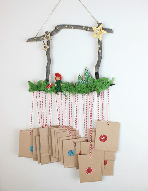 Christmas Advent Calendar with Materials from Nature