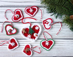 Crochet Christmas Hearts