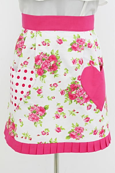 Half Apron with Heart Pockets