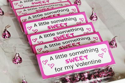 Valentine's Day Treat Baggies (with Printable Toppers)