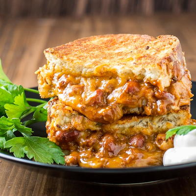 Chili Cheese Grilled Sandwiches