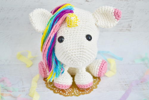 Cube Little Unicorn Amigurumi Pattern | 337x500