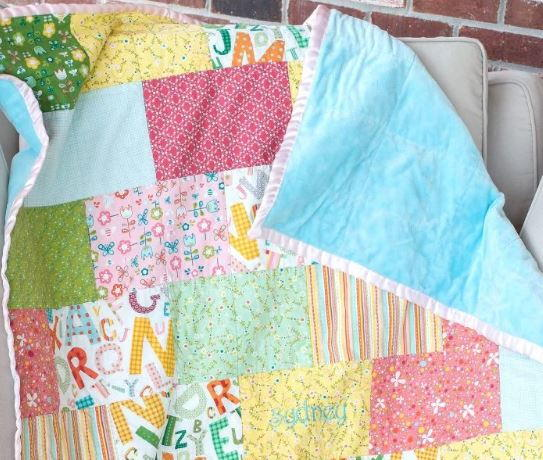Brick Pattern Fat Quarter Quilt