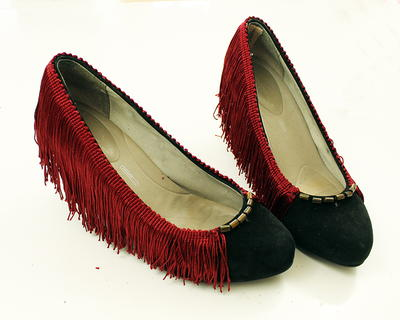 DIY High Heels Fringe Refashion
