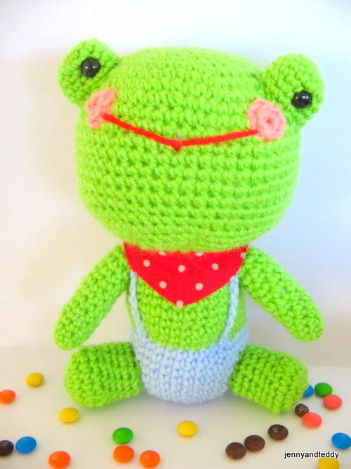 Mr Frog Crochet Pattern