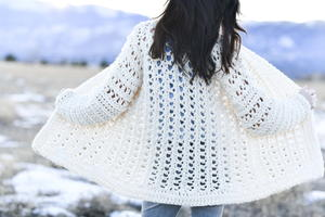 Light Snow Oversized Cardigan