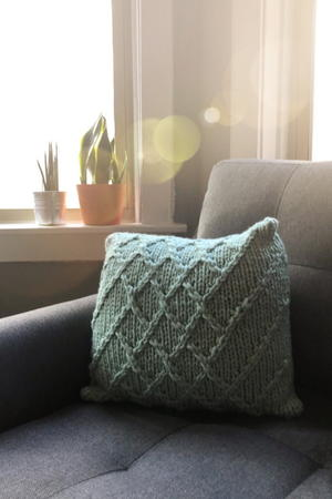 Lattice Cable Pillow Pattern