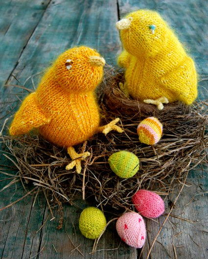 Fuzzy Easter Chicks With Mini Eggs