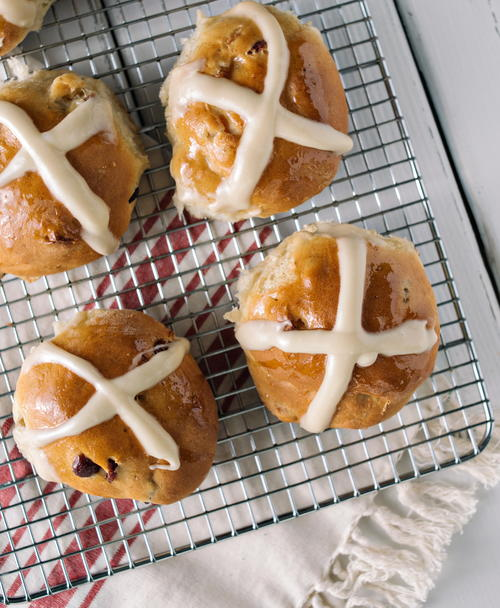 Hot Cross Buns Recipe with Glaze