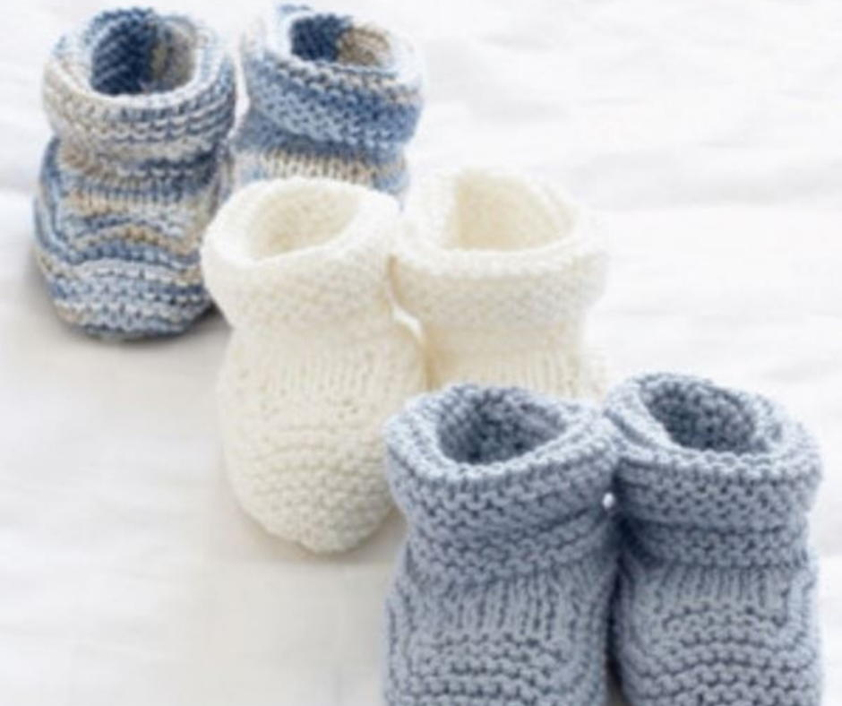 cbee45978d742 25 Knit Baby Booties Patterns (Free)