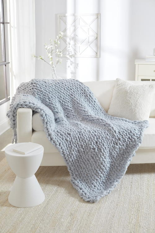 No Needles Knit Blanket