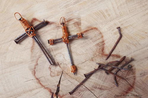 Rusty Nail and Wire Cross