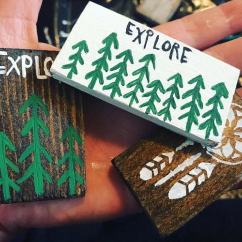 Easy Rustic DIY Wood Magnets