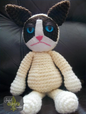 Crabby Cat Crochet Pattern