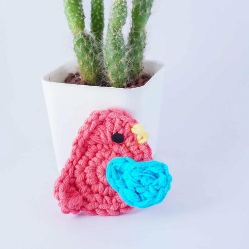 5 Minute Tiny Crochet Bird Applique