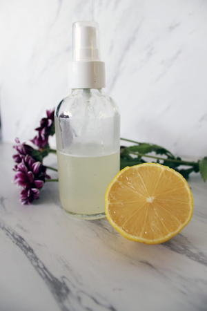 DIY Witch Hazel & Lemon Skin Toner