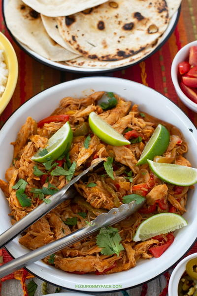 Easy Slow Cooke Chicken Fajitas Bowls Recipe