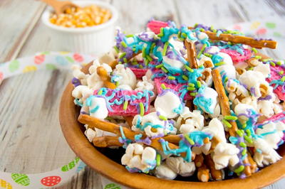 Bunny Bait (An Easy Easter Snack Mix)