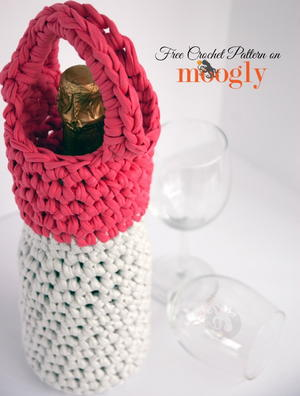 Learn to Crochet a Wine Carrier