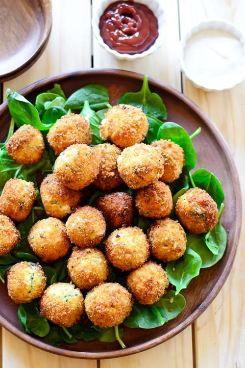 Restaurant-Style Spinach and Artichoke Balls