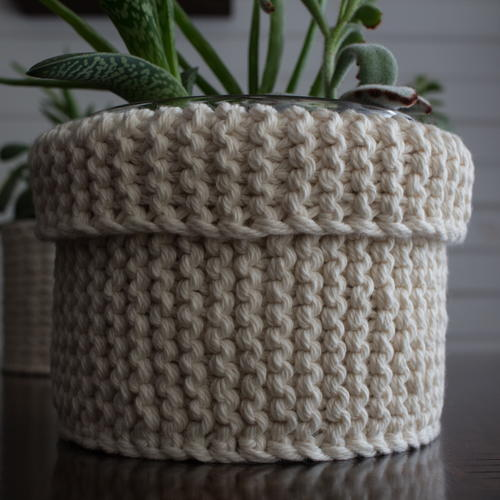 Garter Stitch Plant Cozy Knitting Pattern
