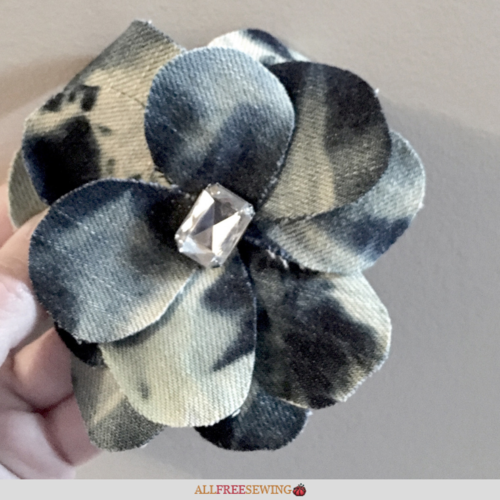 DIY Denim Flower Hair Clip