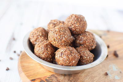 Double Chocolate Energy Balls