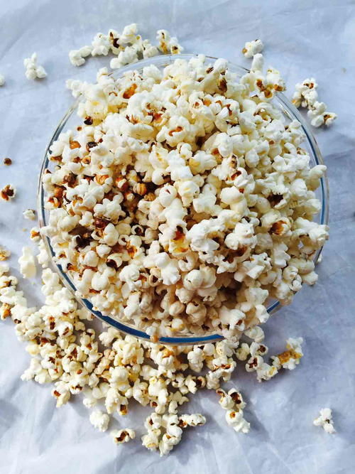 Sweet and Salty Homemade Coconut Popcorn