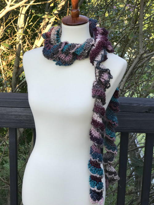 Curly Sue Scarf