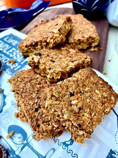 Healthier Flapjacks with Honey and Dry Pomegranate Seeds