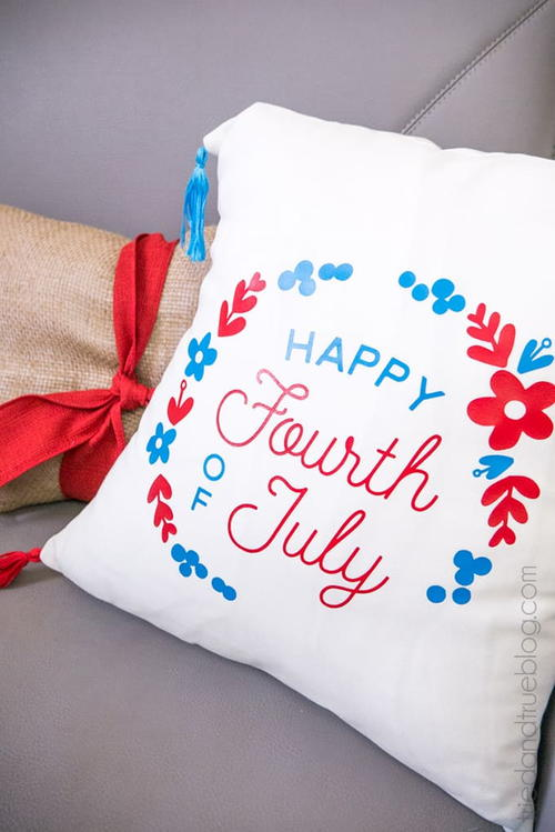 Patriotic Fourth of July Pillow Cover Tutorial